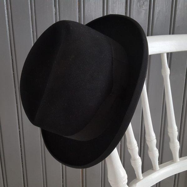 herrhatt-vintage-svart-homborg-modell-7