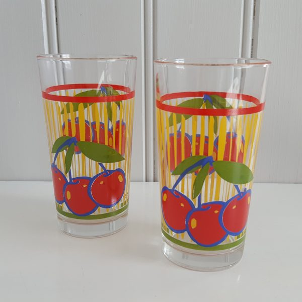 saftkanna-två-glas-körsbär-cerve-70-talet-8