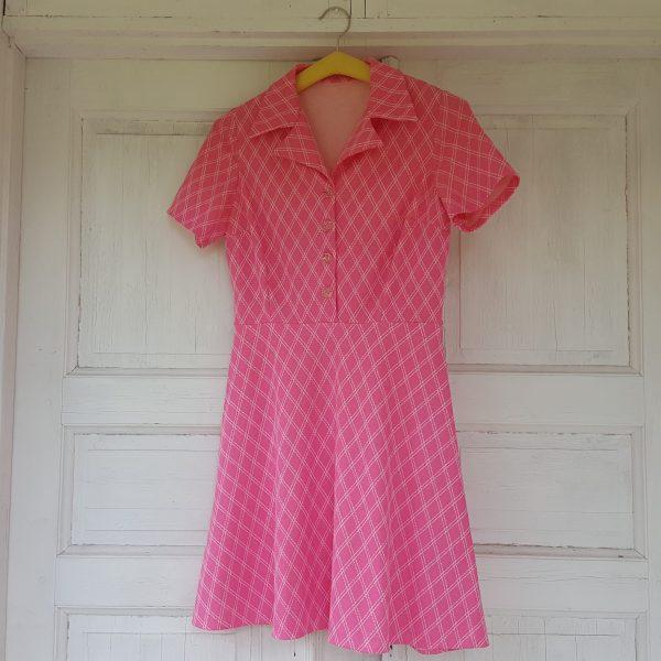 sommarklänning-rosa-&-vit-rutigt-vintage-2