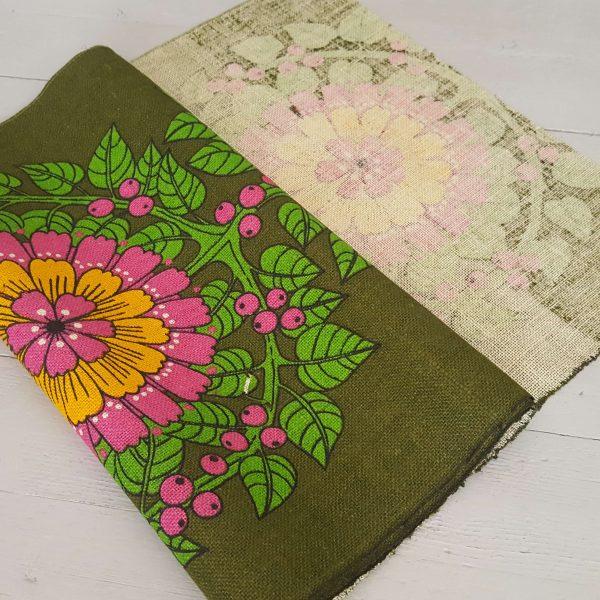 juteväv-med-textiltryck-blom-&-bär-retro-8