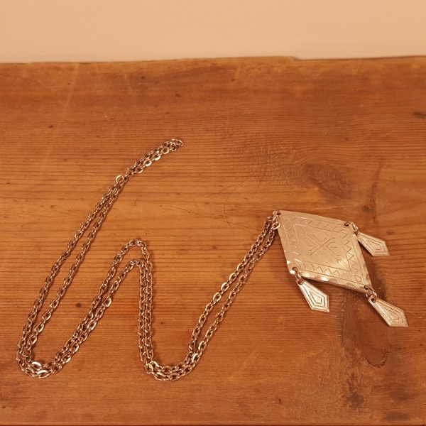 halsband-tenn-sameslöjd-sigurd-waldemar-åhman-4