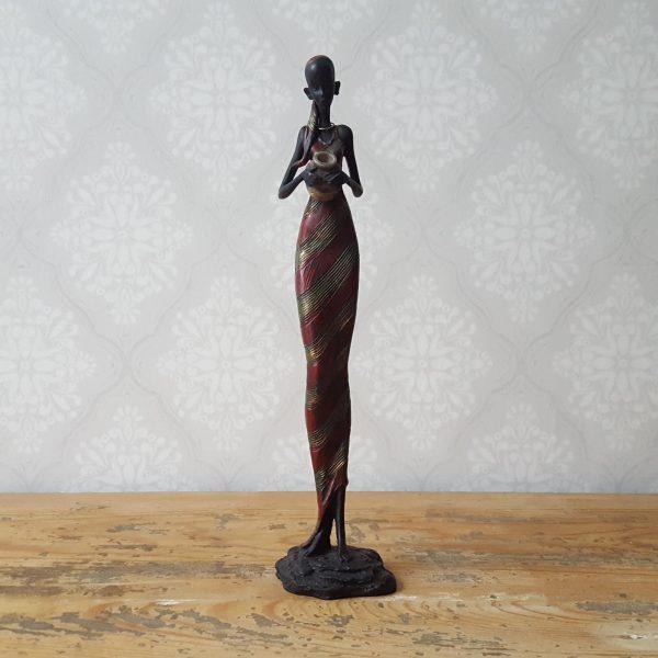 staty-figurin-afrikansk-flicka-med-en-kruka-2