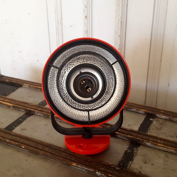 vägglampor-röd-enco-200-vintage-5