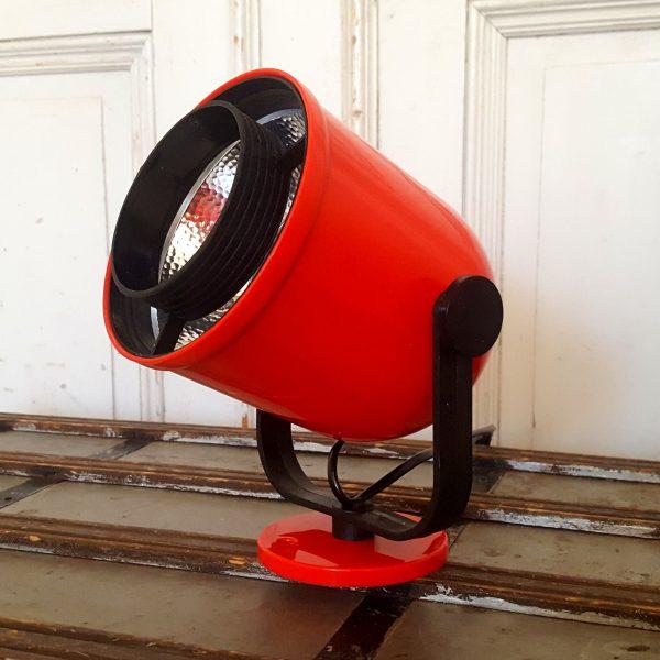 vägglampor-röd-enco-200-vintage-6