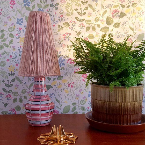 bordslampa-keramik-rosa-&-vit-vintage-2