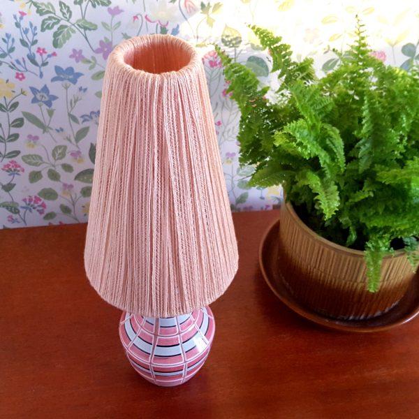 bordslampa-keramik-rosa-&-vit-vintage-3