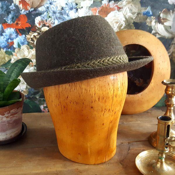 hattstock-modisthuvud-lantligt-vintage-