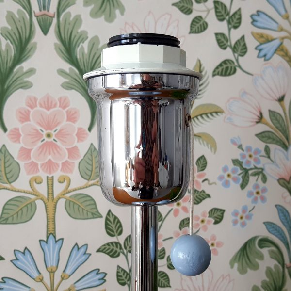 lampfot-ljusblå-metall-design-börje-claes-7