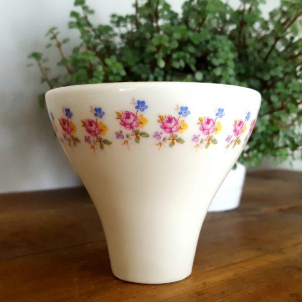 arabia-liten-vas-blomdekor-made-in-finland-1