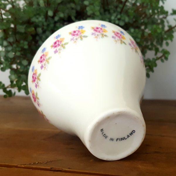 arabia-liten-vas-blomdekor-made-in-finland-5