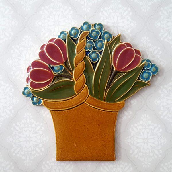 blomsterkorg-väggplatta-gustavsberg-margareta-hennix-1