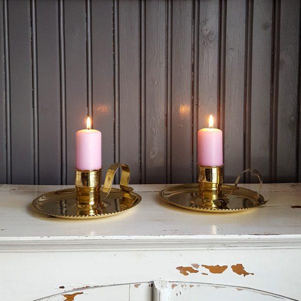 nattljusstake-mässing-graverad-blomdekor-vintage-1