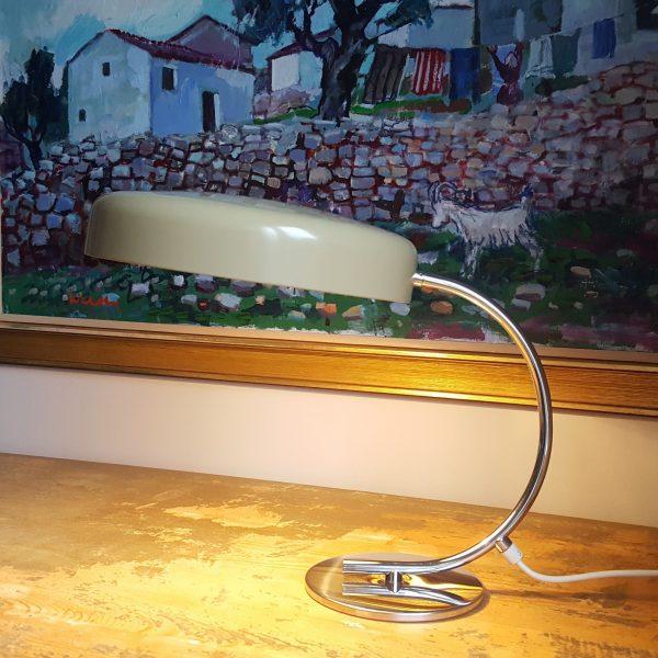 skrivbordslampa-bauhaus-stil-tyskland-70-talet-3