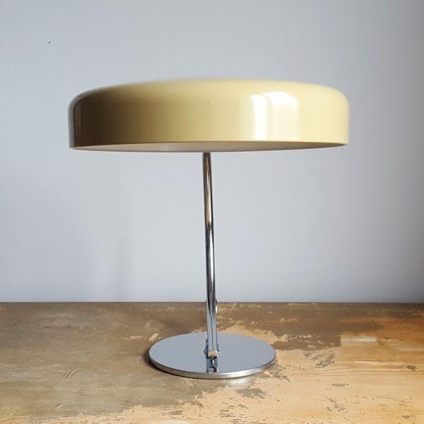 skrivbordslampa-bauhaus-stil-tyskland-70-talet-6