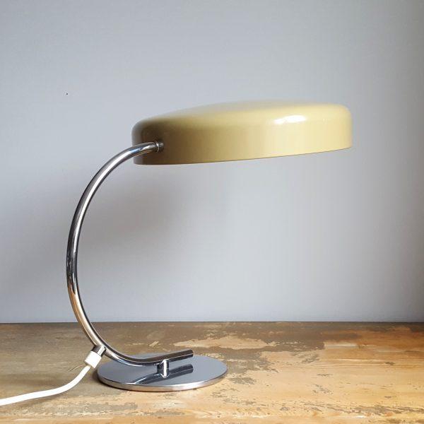 skrivbordslampa-bauhaus-stil-tyskland-70-talet-8
