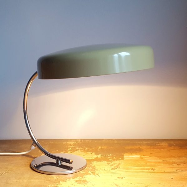 skrivbordslampa-bauhaus-stil-tyskland-70-talet-9