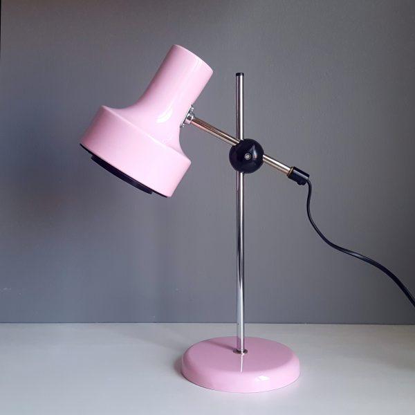 skrivbordslampa-rosa-metall-bofa-retro-1