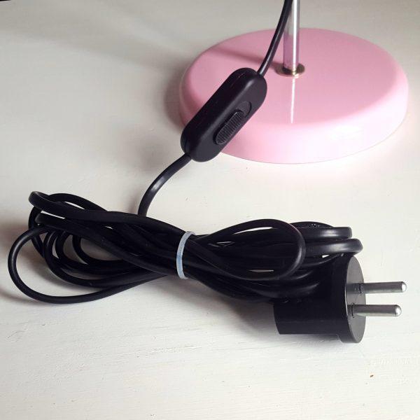 skrivbordslampa-rosa-metall-bofa-retro-11