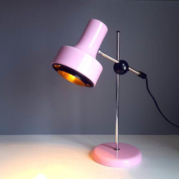 skrivbordslampa-rosa-metall-bofa-retro-3