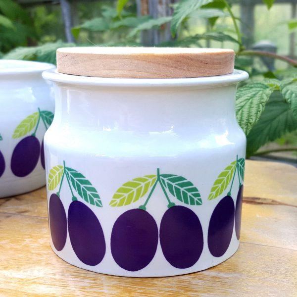 burk-plommon-hög-pomona-arabia-raija-uosikkinen-60-talet-1