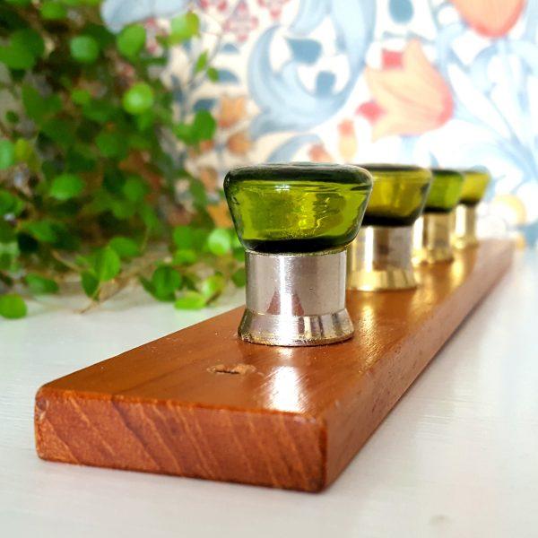kroklist-hängare-teak-grön-glas-6