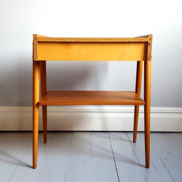 ett-par-sängbord-ab-carlström-&-co-möbelfabrik-60-talet-11