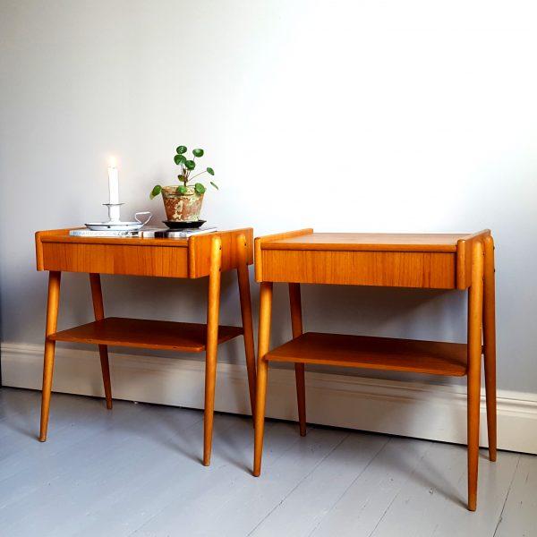ett-par-sängbord-ab-carlström-&-co-möbelfabrik-60-talet-2