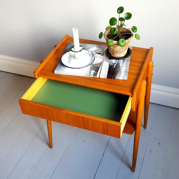 ett-par-sängbord-ab-carlström-&-co-möbelfabrik-60-talet-5